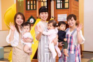 保育所で働く女性たち